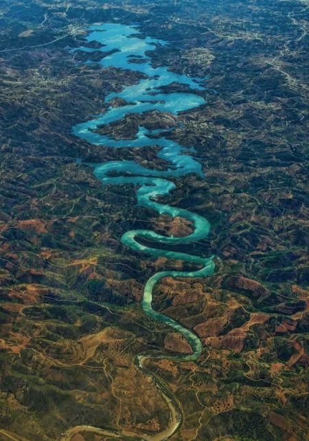Odeleite är en flod i Portugal